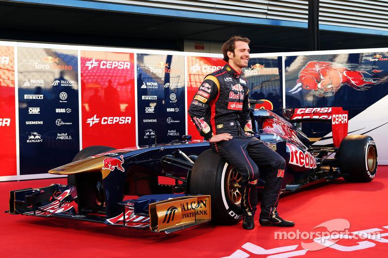 Жан-Эрик Вернь. Презентация Toro Rosso STR8, Презентация.
