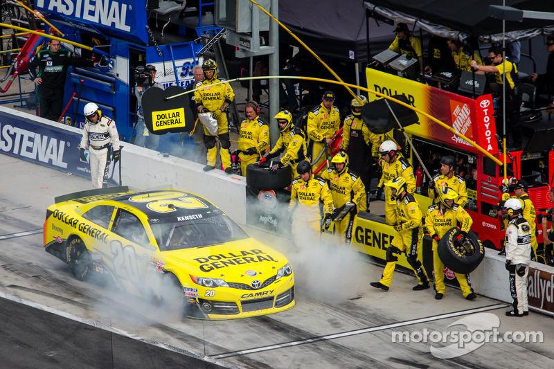 Opgeblazen motor voor Matt Kenseth, Joe Gibbs Racing Toyota