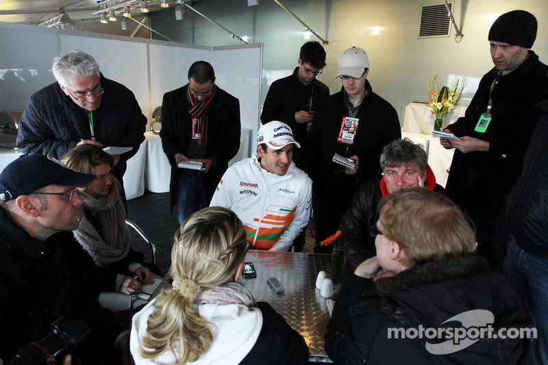 Adrian Sutil, Sahara Force India F1 met de media