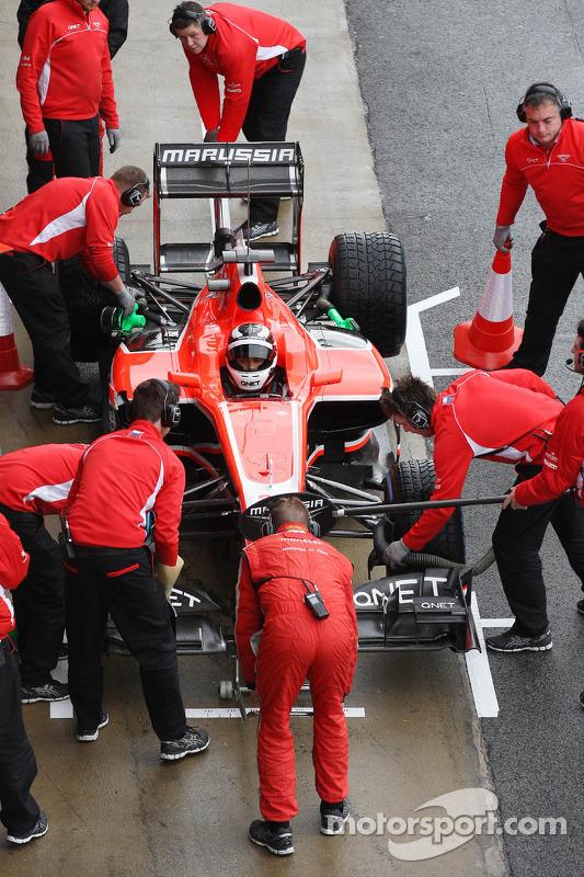 Max Chilton, Marussia F1 Team MR02 in de pits