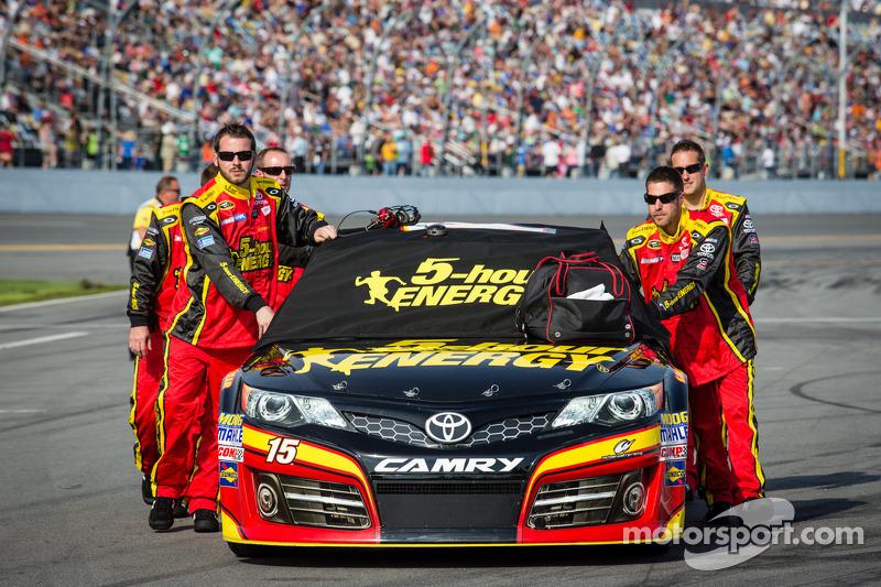 De auto van Clint Bowyer, Michael Waltrip Racing Toyota