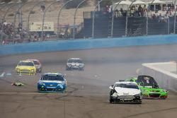 Trouble for Danica Patrick, Stewart-Haas Racing Chevrolet and David Ragan