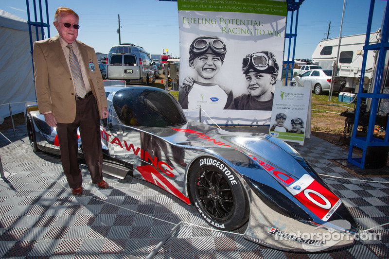 Dr. Don Panoz with the new DeltaWing Racing Cars DeltaWing LM12 Elan Coupé