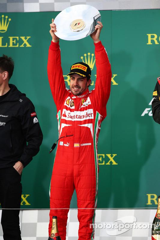 Fernando Alonso, Ferrari celebra a segunda posição no pódio