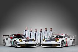 Jörg Bergmeister, Patrick Pilet, Timo Bernhard, Richard Lietz, Marc Lieb and Romain Dumas with the Porsche 911 RSR