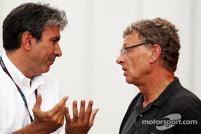 (L naar R): Pasquale Lattuneddu, van de FOM met Hermann Tilke, Circuit Designer