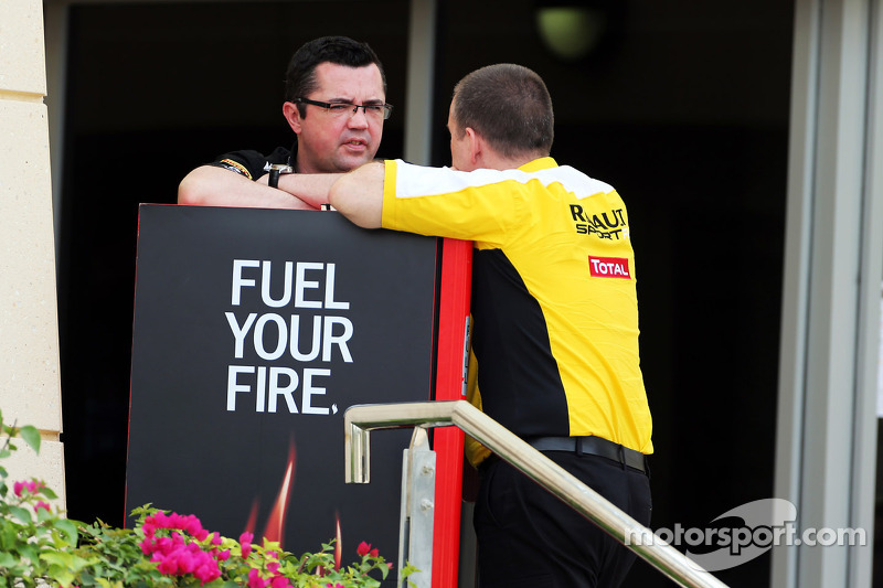 (L naar R): Eric Boullier, Teambaas Lotus F1 met Rob White, Renault Sport Deputy Managing Director