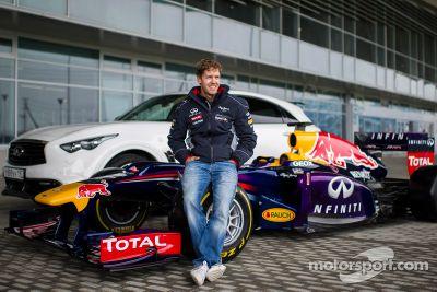 Sebastian Vettel rijdt op het Sochi circuit