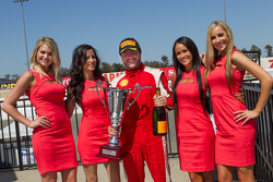 Carlos Kauffmann with the paddock beauties