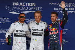 Polesitter Nico Rosberg, Mercedes AMG F1, second place Lewis Hamilton, Mercedes AMG F1, third place Sebastian Vettel, Red Bull Racing