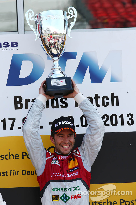 pódio: vencedor Mike Rockenfeller, Audi Sport Team Phoenix Audi RS 5 DTM
