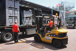 Marussia F1 Team unload their freight in the pits
