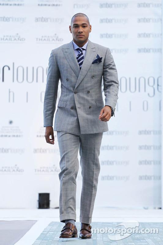 De Amber Lounge Fashion Show