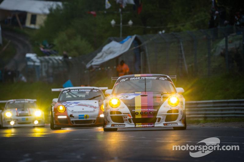 #75 Kremer Racing Porsche 997 GT3 (SP8): Eberhard Baunach, Ulf Karlsson, Bora Bölck