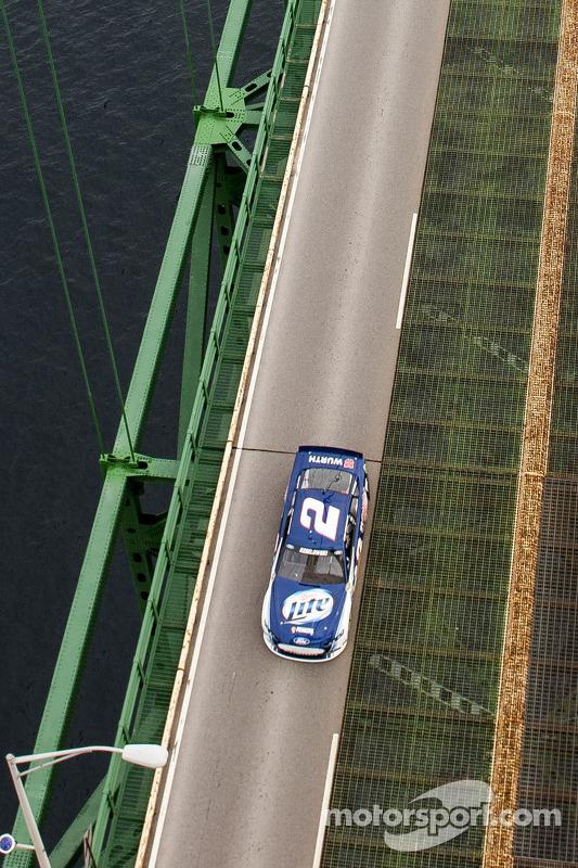 Brad Keselowski, Penske Racing Ford, promoção para a próxima corrida no Michigan International Speed