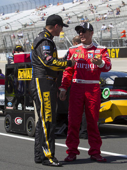 Jamie McMurray, Earnhardt Ganassi Racing Chevrolet and Marcos Ambrose