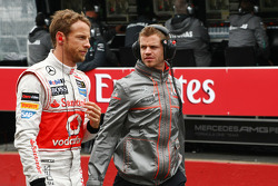 Jenson Button, McLaren with Mike Collier, Personal Trainer