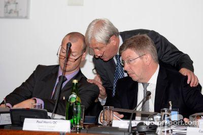 国际汽联法庭会议