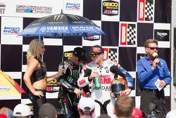 Pódio dos Vencedores da corrida 2 da Superbike