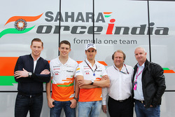 Jordy Cobelens, CEO TW Steel with Paul di Resta, Sahara Force India F1; Adrian Sutil, Sahara Force India F1; Robert Fernley, Sahara Force India F1 Team Deputy Team Principal; Stuart Bain (GBR).