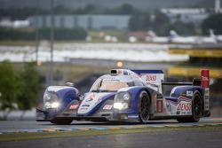 #8 Toyota Racing Toyota TS030 Hybrid: Anthony Davidson, Stéphane Sarrazin, Sébastien Buemi