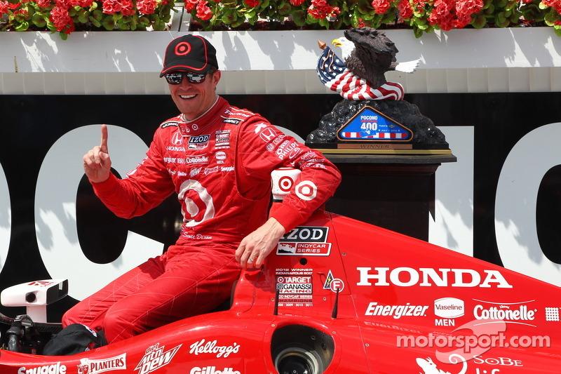 Race winner Scott Dixon, Target Chip Ganassi Racing Honda