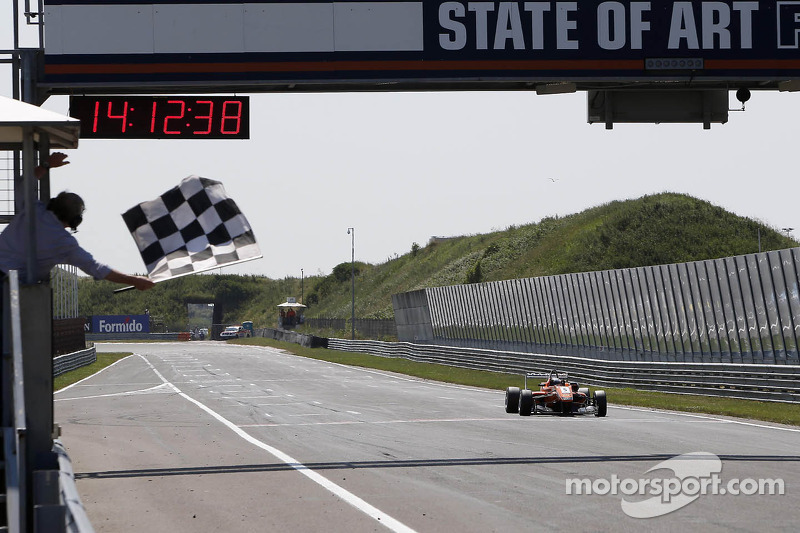 Felix Rosenqvist takes the win