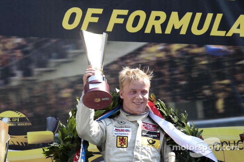 Winst voor Felix Rosenqvist