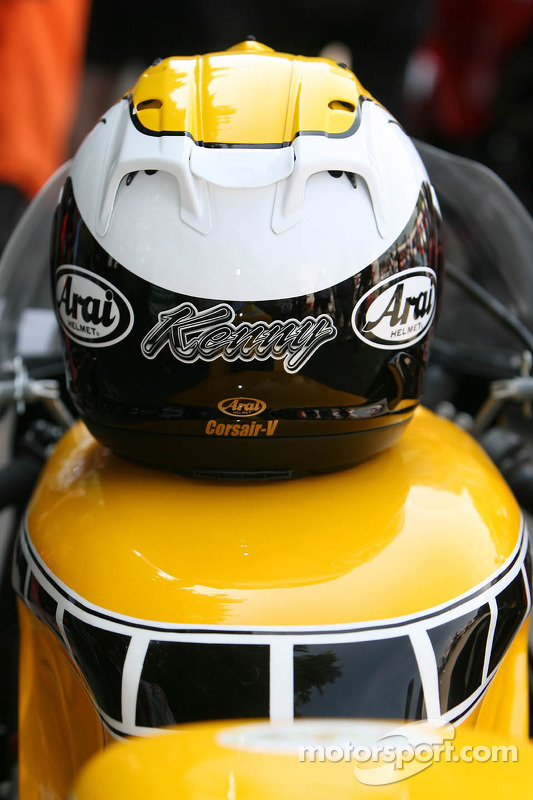 Kenny Roberts' helm