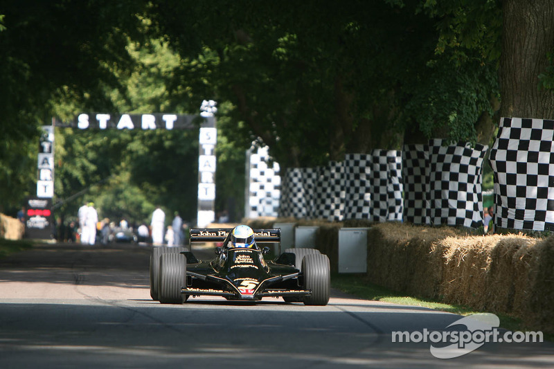 Chris Dinage, Lotus Cosworth 79