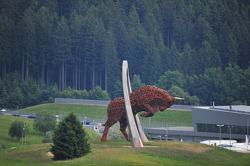 Red Bull Ring estátua