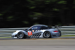 #77 Proton Competition Porsche 911 GT3 RSR: Christian Ried, Gianluca Roda, Nick Tandy