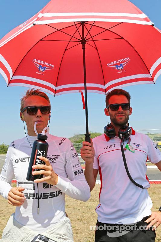 Jules Bianchi, Marussia F1 Team e Sam Village, Marussia F1 Team no grid