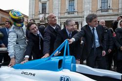 Formel E Rom, Präsentatation