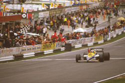 Ganador de la carrera Nigel Mansell, Williams FW10 Honda