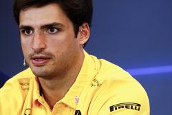Carlos Sainz Jr., Renault Sport F1 Team, in the press conference