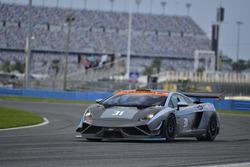 #31 MP1A Lamborghini Gallardo R GT3, Sergio Lagana, Marcello Santana, and William Freire, Auto + Racing