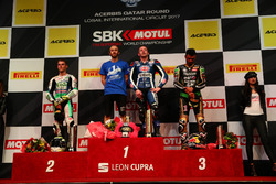 Podio: il vincitore della gara Lucas Mahias, GRT Yamaha Official WorldSSP Team, il secondo classificato Jules Cluzel, CIA Landlord Insurance Honda, il terzo classificato Kenan Sofuoglu, Kawasaki Puccetti Racing