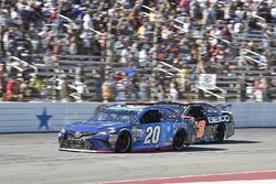 Matt Kenseth, Joe Gibbs Racing Toyota, Ty Dillon, Germain Racing Chevrolet