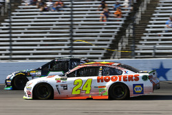 Chase Elliott, Hendrick Motorsports Chevrolet and Joey Gase, Tommy Baldwin Racing Chevrolet