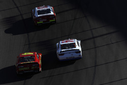 Spencer Gallagher, GMS Racing Chevrolet, Ross Chastain, JD Motorsports Chevrolet, J.J. Yeley, TriStar Motorsports Toyota