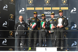 Podium AM: race winners Philipp Wlazik, Florian Scholze, Dörr Motorsport, second place Matej Konopka, ARC Bratislava, third place Mario Cordoni, GDL Racing