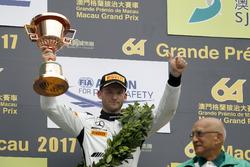 Podio: il terzo classificato Maro Engel, Mercedes-AMG Team GruppeM Racing, Mercedes - AMG GT3