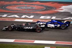 Kevin Magnussen, Haas F1 Team VF-17 y Pascal Wehrlein, Sauber C36
