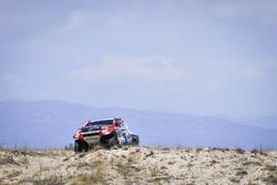 Бернхард тен Бринке и Мишель Перен, Toyota Gazoo Racing SA, Toyota Hilux (№309)