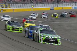 Kyle Busch, Joe Gibbs Racing, Toyota Camry Interstate Batteries and Elliott Sadler, JR Motorsports, Chevrolet Camaro OneMain Financial