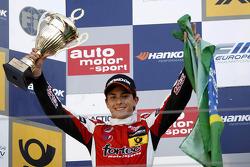 2nd Luis Derani