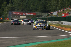 1st lap; #4 Marc VDS Racing Team BMW Z4: Nicky Catsburg, Henri Moser, Markus Palttala
