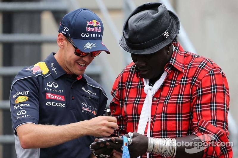 Sebastian Vettel, Red Bull Racing and Moko