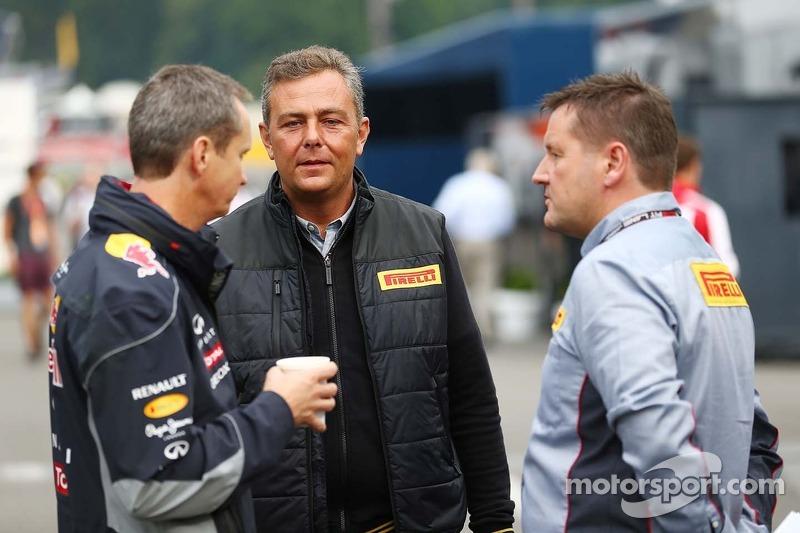 Mario Isola, Pirelli Racing Manager, with Paul Hembery, Pirelli Motorsport Director